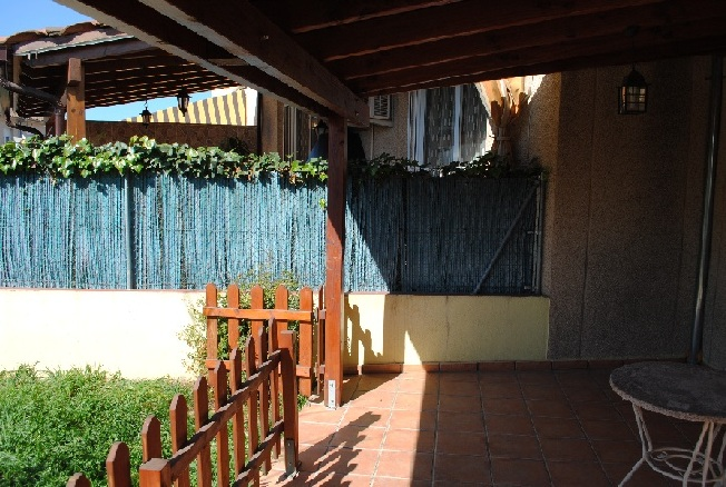 Muchas ganas de crear nuestro peque o jard n for Piscina 2x3 metros