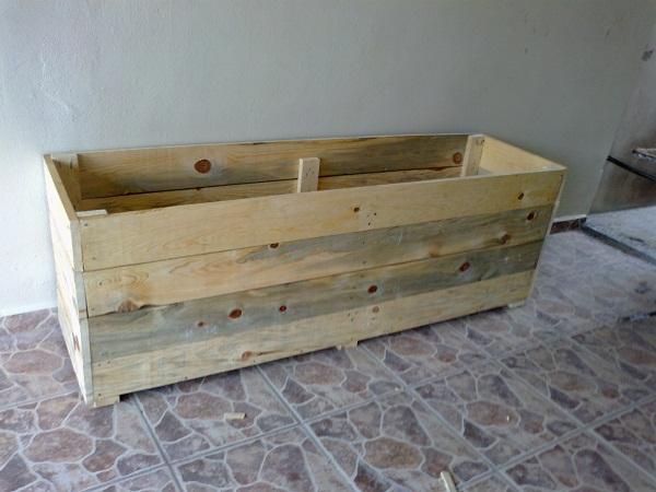 Jardinera de madera c mo impermeabilizar su interior - Como impermeabilizar madera ...