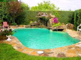 Piscinas peque a quiero hacer en el jard n aqu hay fotos for Como hacer una piscina natural en casa