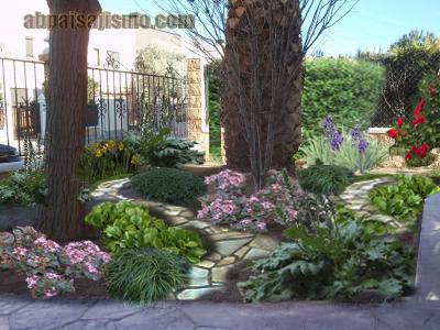 jardin delantero orientado al norte clima continental