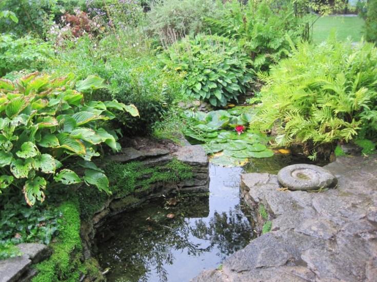 Cascadas y fuentes para el jard n recopilaci n de for Fuentes y cascadas para jardin