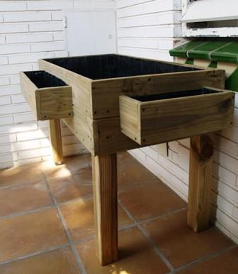 Fotos de mesas de cultivo de madera para huerto urbano - Drenaje mesa de cultivo ...
