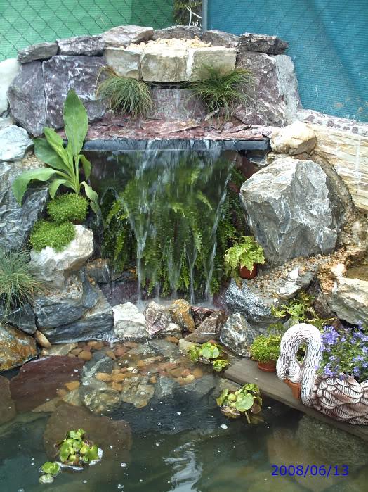 jardines con fuentes y cascadas imagui