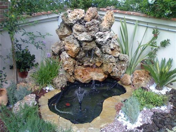 Cascada de jard n que quiero hacer asesoramiento e ideas for Hacer estanque para peces jardin